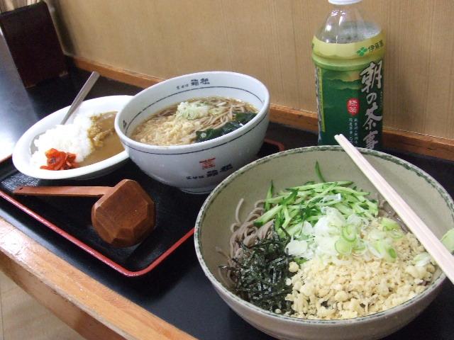伊東駅構内:立ち食い蕎麦